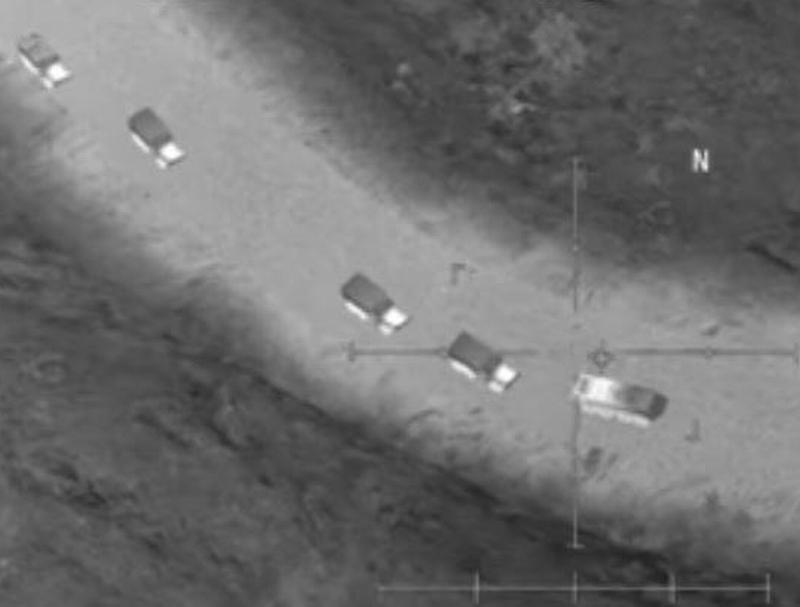 Автомобильная колонна боевиков в Сирии // Фото: пресс-служба Миноброны РФ