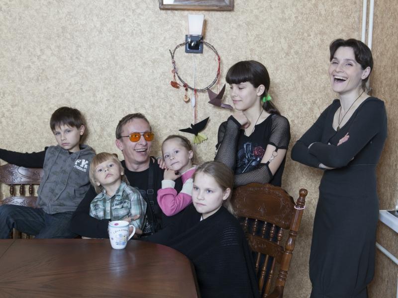 Актер Иван Охлобыстин с женой Оксаной и детьми // фото: Наталия Шаханова / Global Look Press