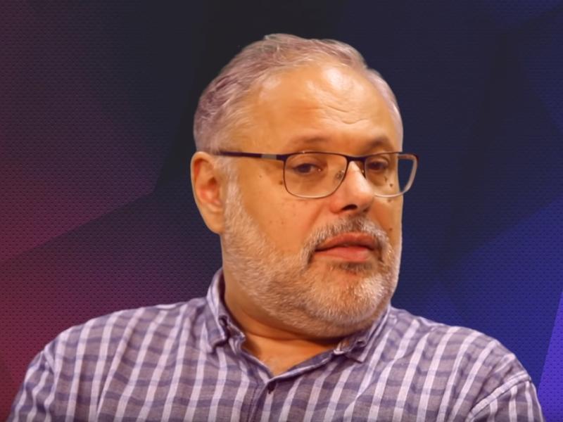 Михаил Хазин