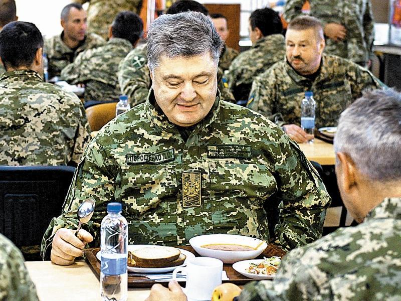 У Порошенко его хлеб с маслом Россия не отнимет // фото: Global Look Press