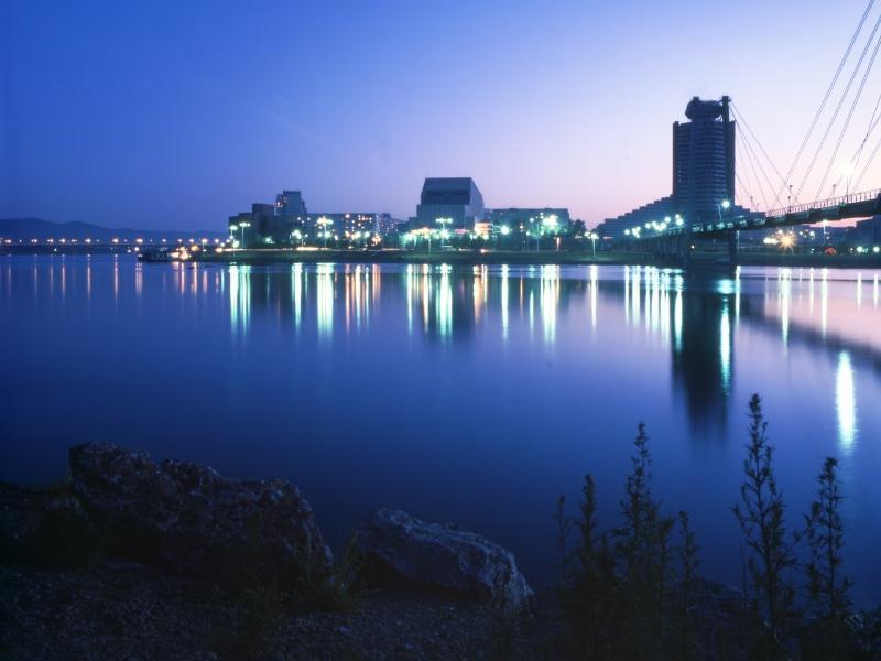 Вид на Красноярск с берега Енисея // фото: Александр Мищенко / Global Look Press