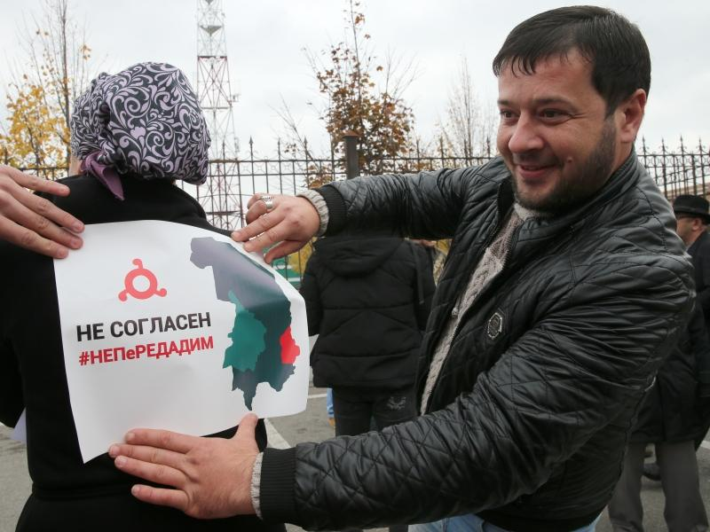 Митинги в столице Ингушетии продолжаются // фото: Елена Афонина / ТАСС
