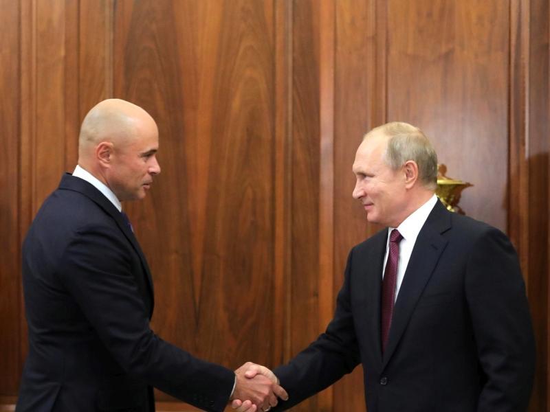 Игорь Артамонов и Владимир Путин  // фото: Global Look Press
