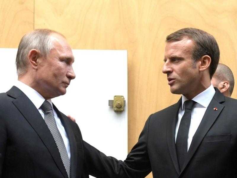 Владимир Путин и Эммануэль Макрон. Фото: Kremlin Pool / Global Look Press