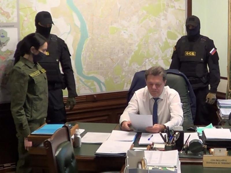 Момент задержания мэра Ивана Кляйна // Фото: Следственный комитет