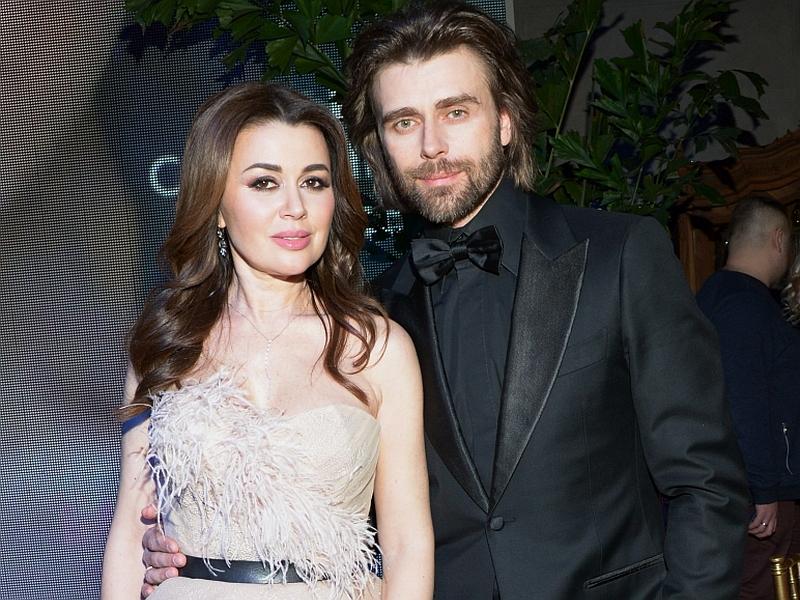 Анастасия Заворотнюк с мужем // фото: Global Look Press
