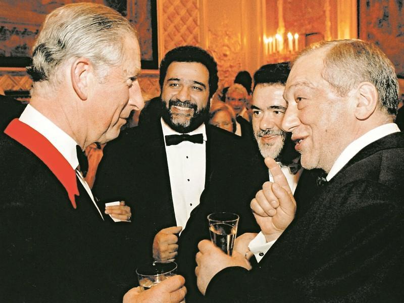 Айрапетян, Куснирович и Варданян окружили принца Уэльского Чарльза