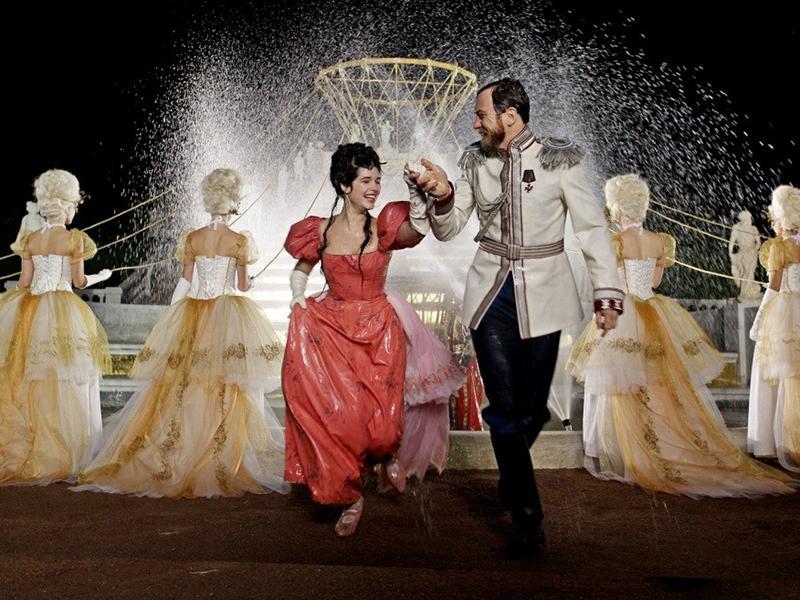 В кинозалах Петербурга отменили часть сеансов «Матильда»