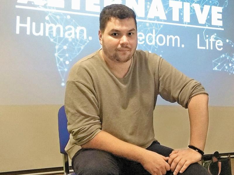 Движение Олега Мельникова освобождает рабов с 2012 года
