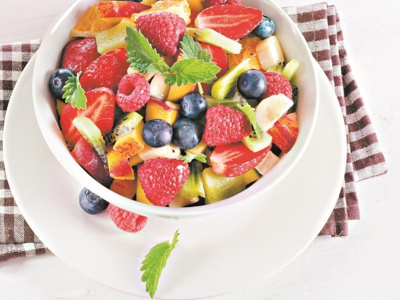 Рецепт дня: Фруктово-ягодныйсалат// Фото: Shutterstock