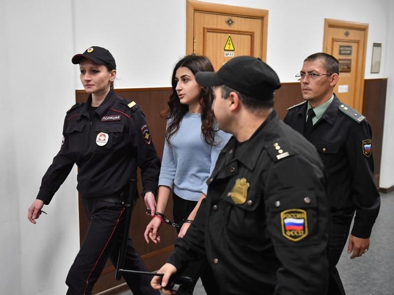 Суд выпустил из СИЗО сестер Хачатурян, которые обвиняются в убийстве отца // Фото: Global Look Press