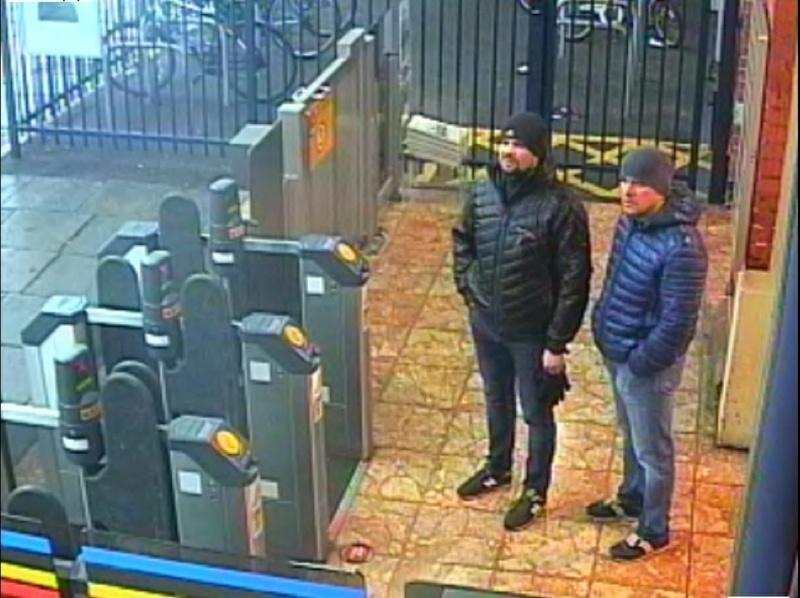 Предполагаемые Петров и Боширов в лондонском аэропорту – съемка камер видеонаблюдения // Global Look Press