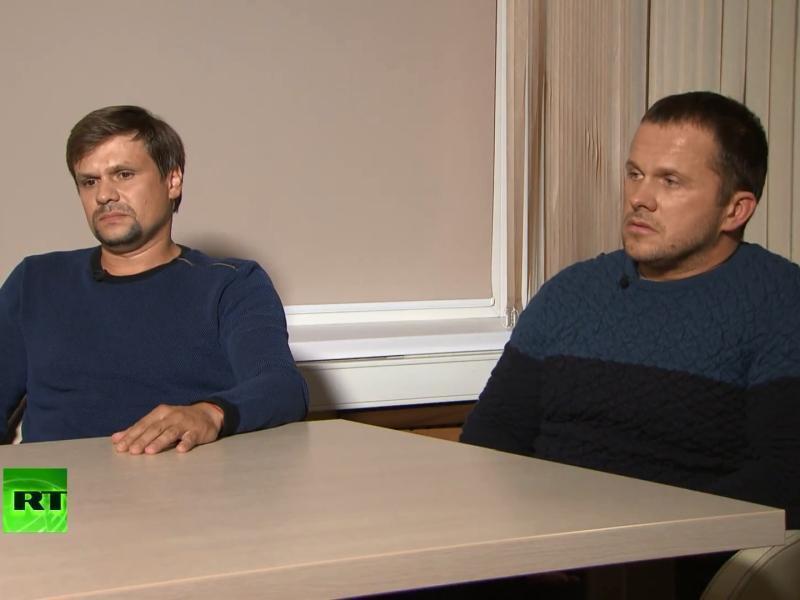 В Руслане Боширове (слева) опознали разведчика под прикрытием // стоп-кадр, канал «RT на русском» / YouTube