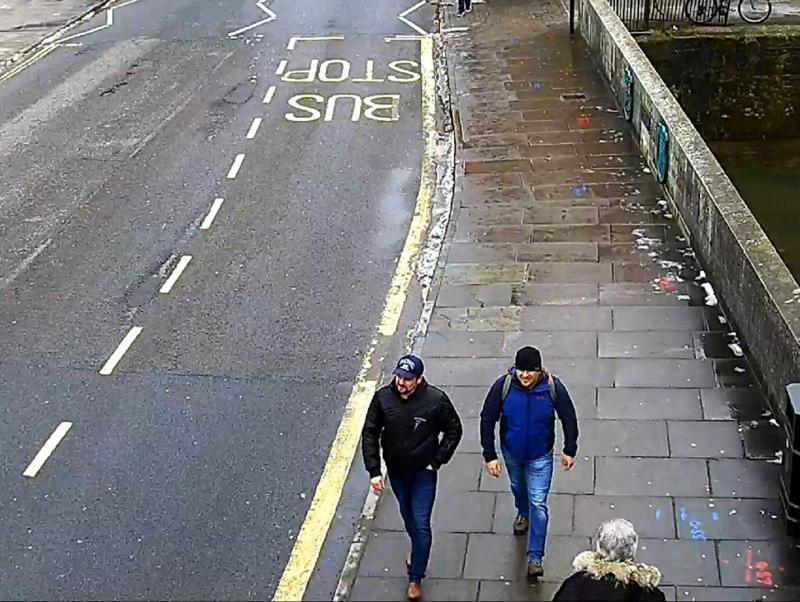 """""""Боширов"""" и """"Петров"""" на улице в Солсбери // фото: Metropolitan Police / Global Look Press"""
