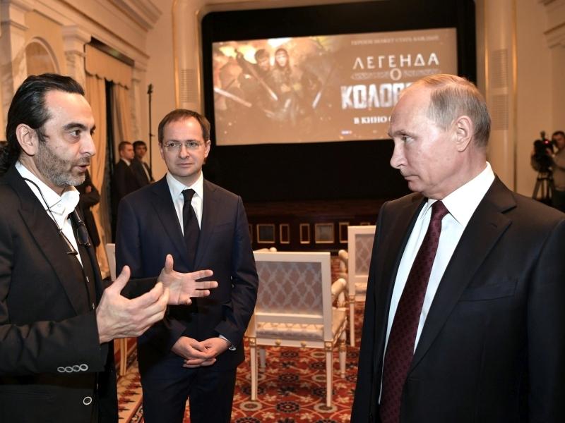 Джанику Файзиеву (слева), похоже, придется объясняться // фото: Global Look Press
