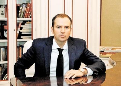 Евгений Петросян идет в наступление на квартиру Елены Степаненко