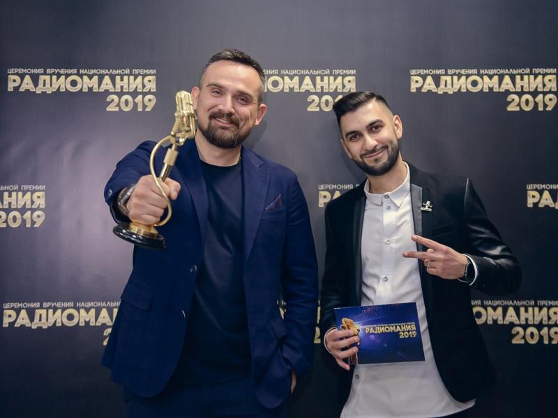Ведущие утреннего шоу «Поехали» на «Авторадио» Демидов и Абрамян