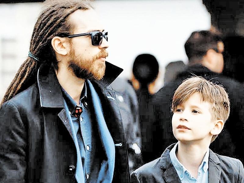 Децл с сыном // фото в статье: соцсети