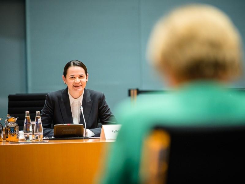 Светлана Тихановская на встрече с Ангелой Меркель // Фото:  Steffen Seibert в Twitter