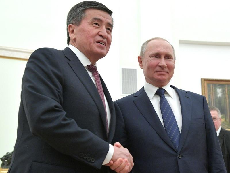 Сооронбай Жээнбеков и Владимир Путин // Фото: Global Look Press