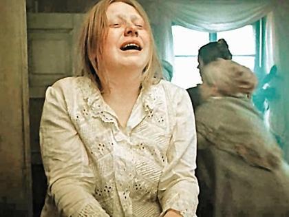 На роль Агафьи Тихоновны Крючкову пригласил режиссер, других актрис не рассматривали
