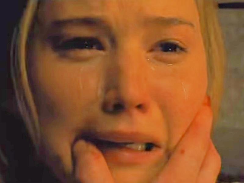 На большие экраны вышел ужастик «Мама!» Даррена Аронофски с Дженнифер Лоуренс в главной роли // Стоп-кадр YouTube