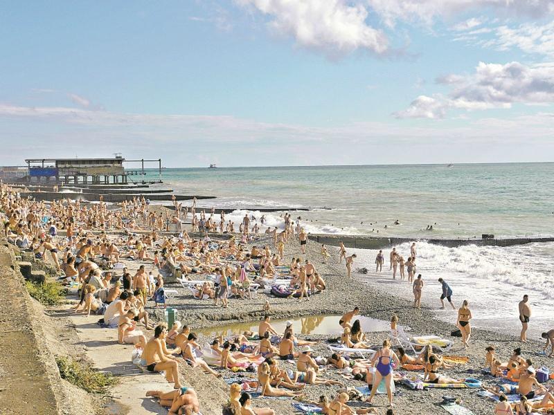 На городских пляжах ждут аншлаг не меньший, чем на стадионе