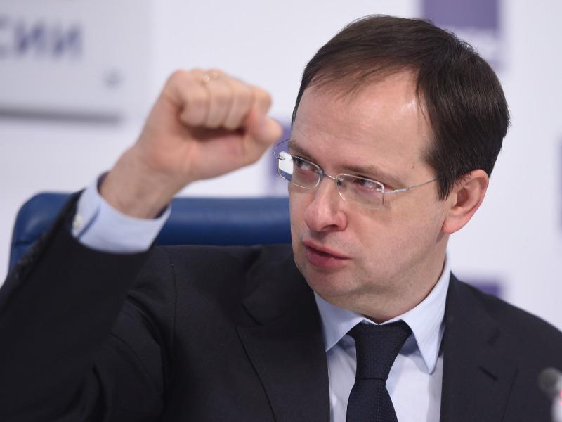 Мединский прокомментировал идею ограничения проката иностранных картин