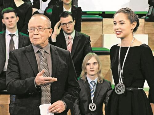 Свою программу Юрий Вяземский ведет уже 27 лет – но книги пишет гораздо дольше