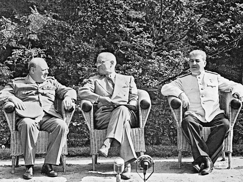 Черчилль, Труман и Сталин на Потсдамской конференции. Фото: РИА Новости